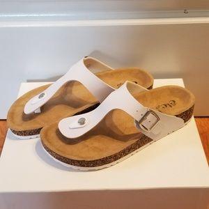 Footbed sandals NWT like birkenstocks